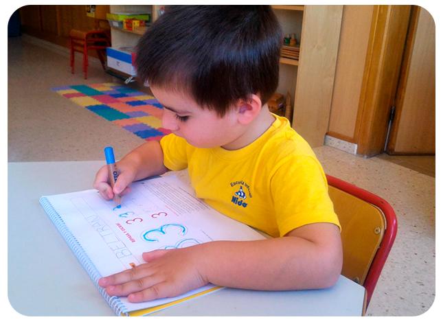 Niño Nido grafía número 3