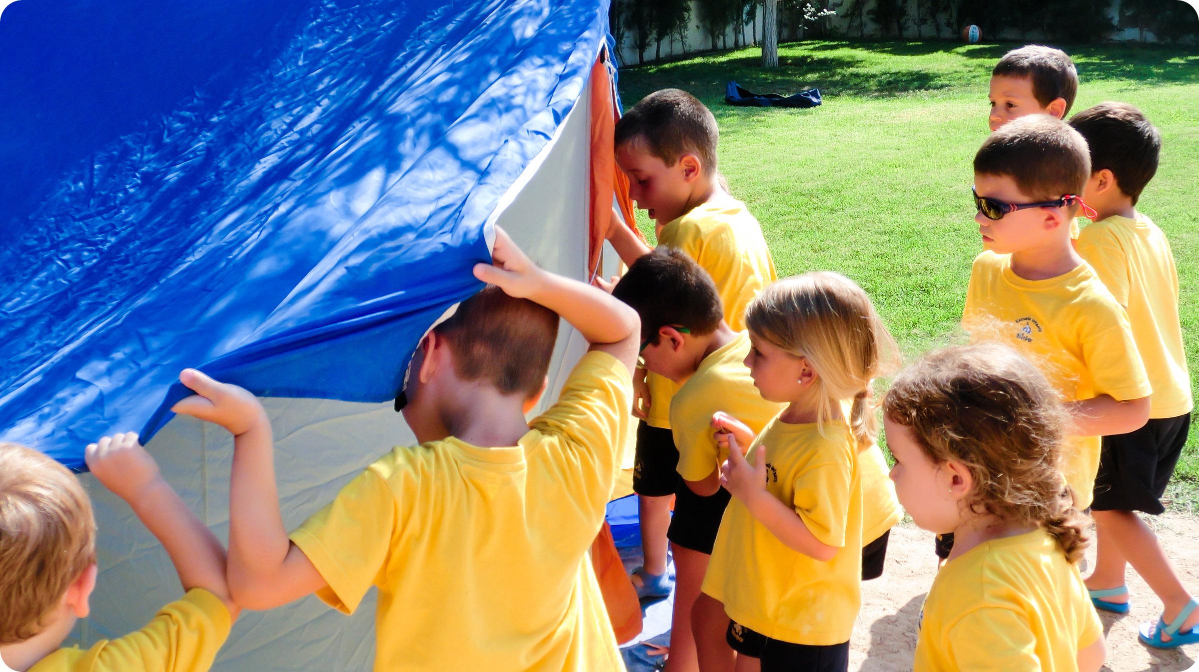 Niños Nido preparándose para nuestra acampada